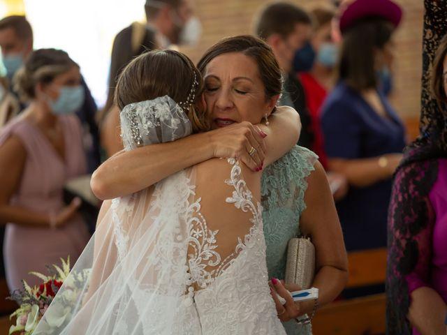 La boda de Lourdes y Yassin en Alhaurin De La Torre, Málaga 27