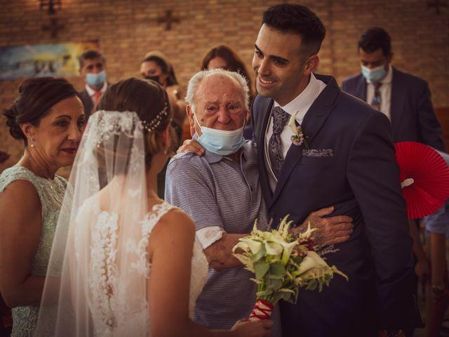 La boda de Lourdes y Yassin en Alhaurin De La Torre, Málaga 28