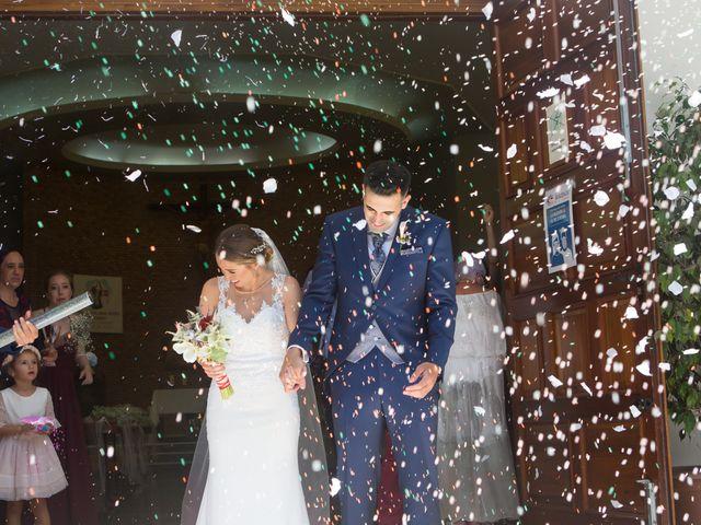 La boda de Lourdes y Yassin en Alhaurin De La Torre, Málaga 32