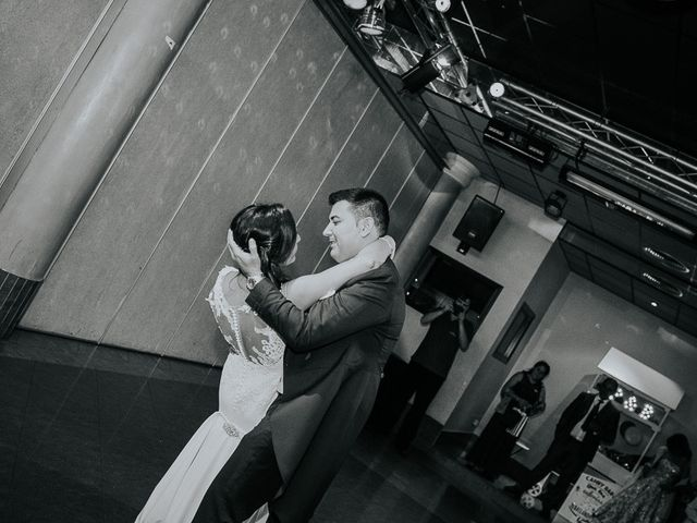 La boda de Paloma y Emilio en El Tiemblo, Ávila 41