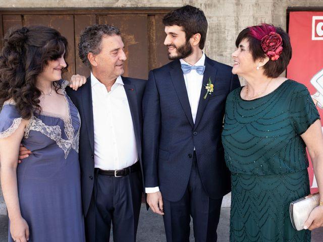 La boda de Ana y Alberto en Madrid, Madrid 23