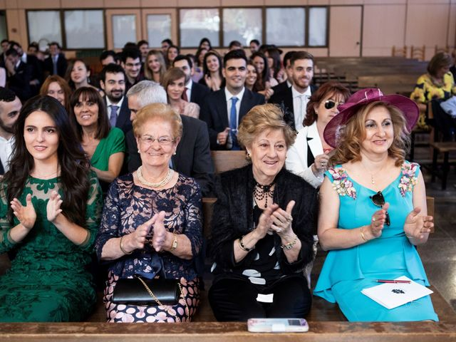 La boda de Ana y Alberto en Madrid, Madrid 35