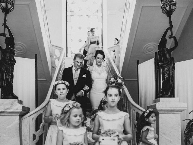 La boda de Antonio y Vanessa en Llerena, Badajoz 48