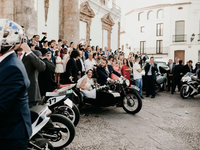 La boda de Antonio y Vanessa en Llerena, Badajoz 82