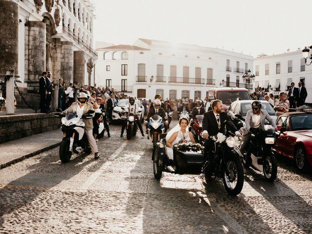 La boda de Antonio y Vanessa en Llerena, Badajoz 83