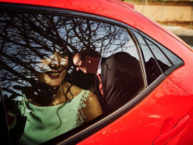 La boda de Carlos y Miriam en Valencia, Valencia 24