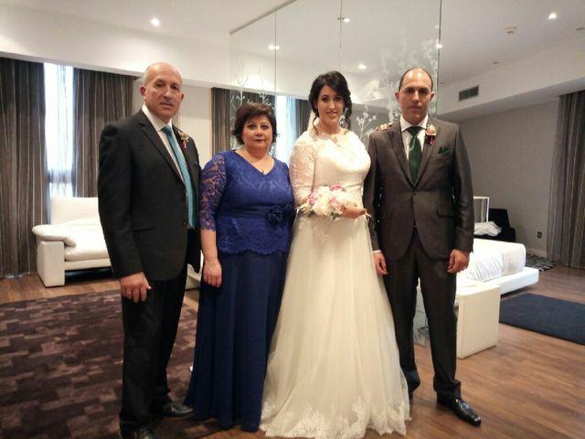 La boda de Danillo y Laura en Bilbao, Vizcaya 8