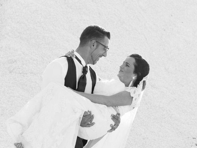 La boda de Antonio y María José en Villamartin, Cádiz 32