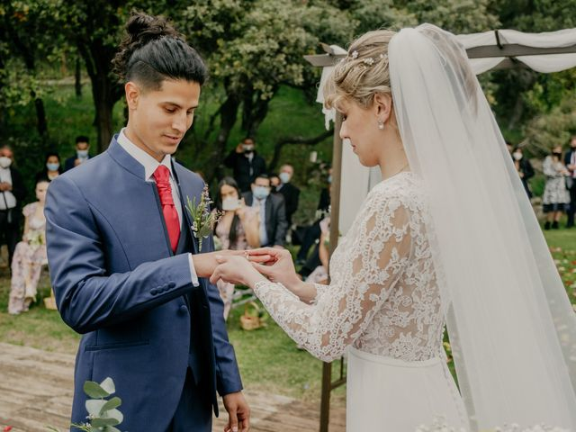 La boda de Roger y Lilia en San Agustin De Guadalix, Madrid 50