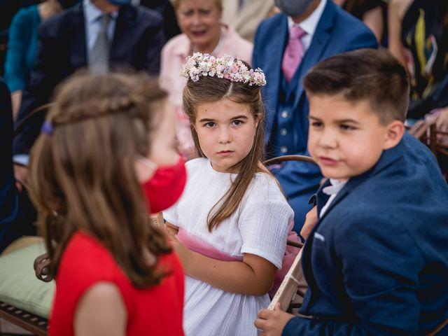 La boda de Xavi y Patricia en Alella, Barcelona 27