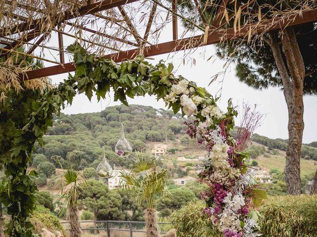 La boda de Xavi y Patricia en Alella, Barcelona 28