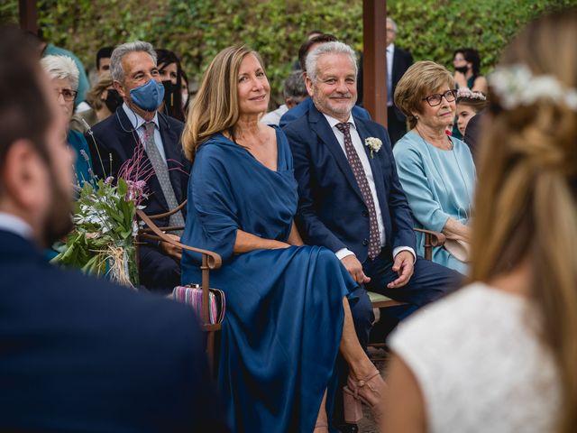 La boda de Xavi y Patricia en Alella, Barcelona 32