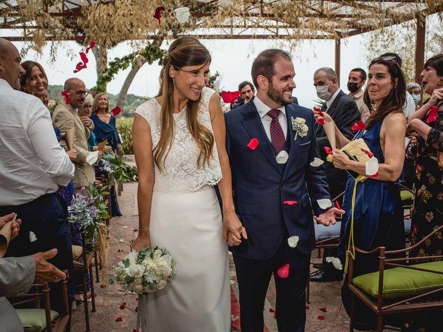 La boda de Xavi y Patricia en Alella, Barcelona 36