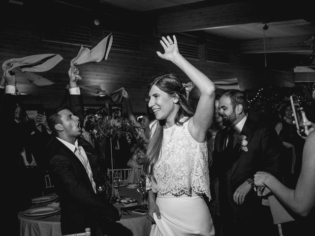 La boda de Xavi y Patricia en Alella, Barcelona 54