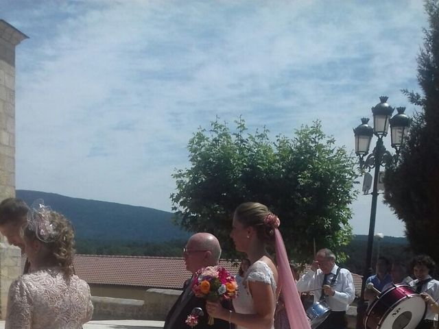 La boda de Sergio y Sara en Quintanar De La Sierra, Burgos 54