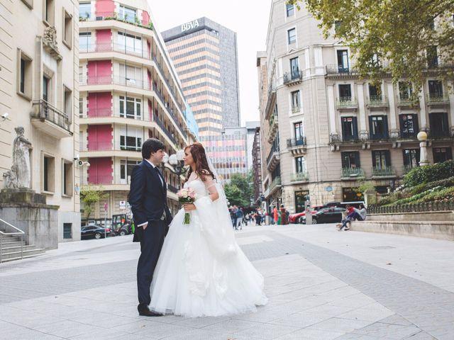 La boda de Edu y Xandra en Galdakao, Vizcaya 20