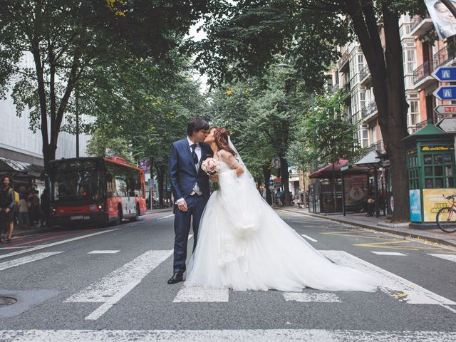 La boda de Edu y Xandra en Galdakao, Vizcaya 22