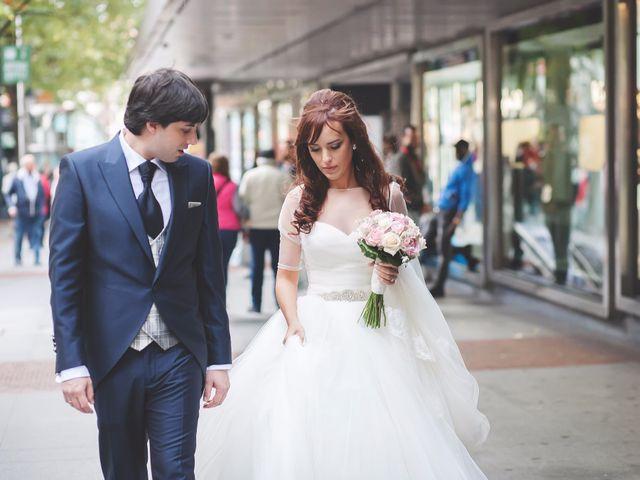 La boda de Edu y Xandra en Galdakao, Vizcaya 24