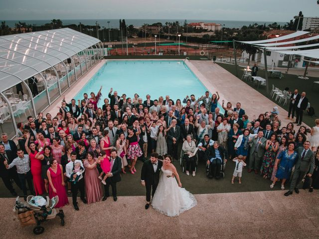 La boda de Davide y Victoria en La/villajoyosa Vila Joiosa, Alicante 3