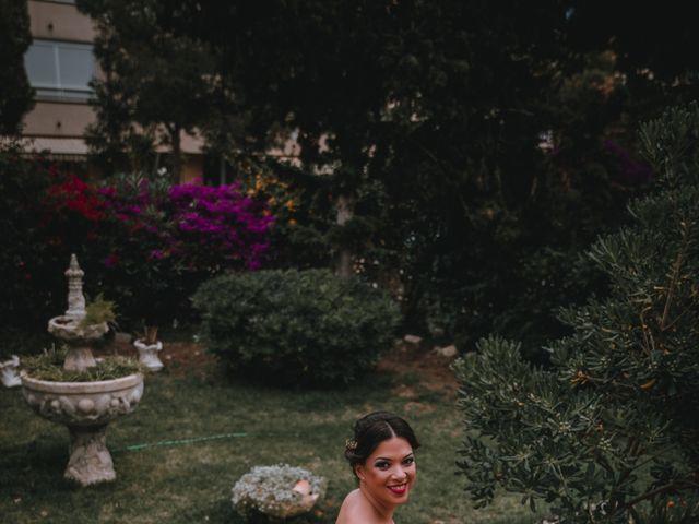 La boda de Davide y Victoria en La/villajoyosa Vila Joiosa, Alicante 12