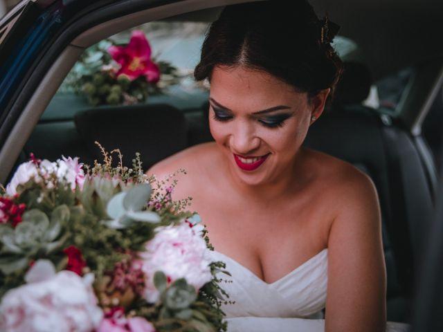 La boda de Davide y Victoria en La/villajoyosa Vila Joiosa, Alicante 13