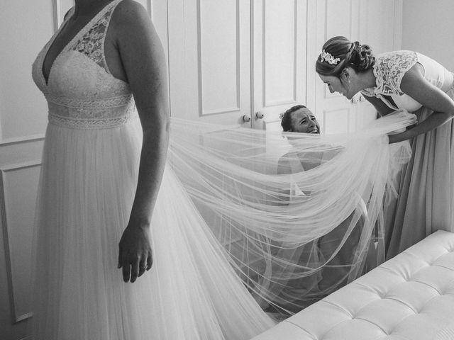 La boda de Miguel y Laura en Turis, Valencia 15