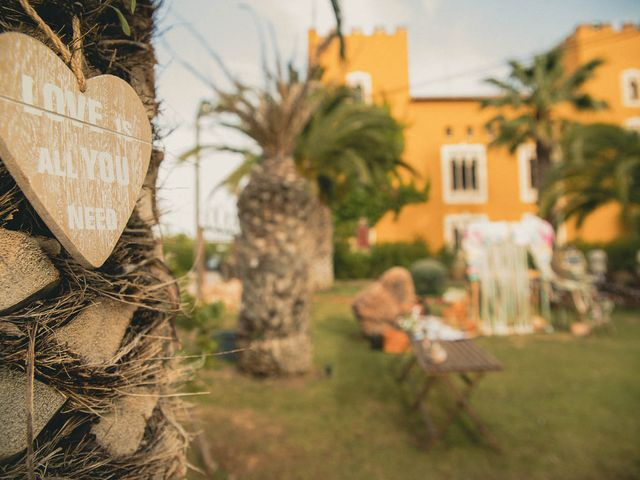 La boda de Miguel y Laura en Turis, Valencia 20