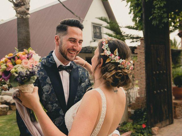 La boda de Miguel y Laura en Turis, Valencia 28