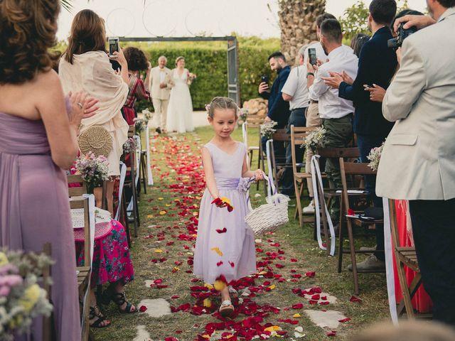 La boda de Miguel y Laura en Turis, Valencia 31