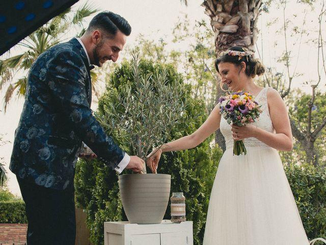 La boda de Miguel y Laura en Turis, Valencia 38