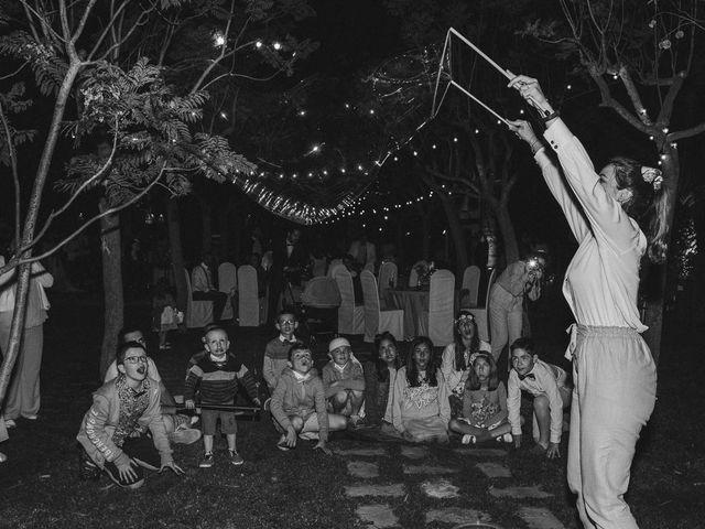 La boda de Miguel y Laura en Turis, Valencia 66