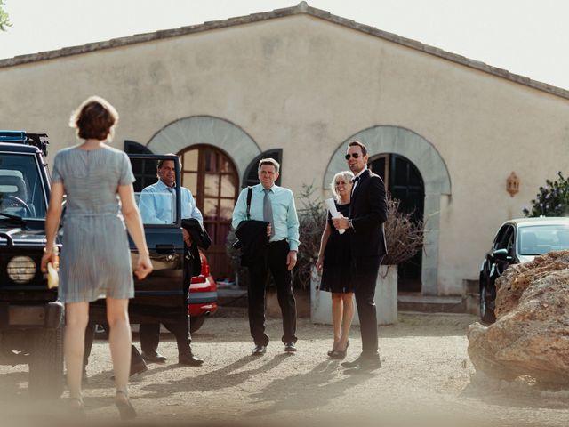 La boda de Oliver y Desidee en Santanyi, Islas Baleares 45