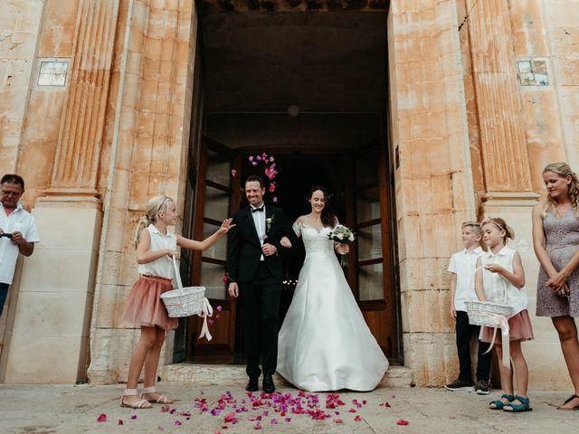 La boda de Oliver y Desidee en Santanyi, Islas Baleares 91