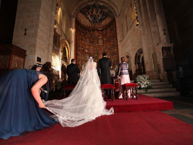 La boda de Iván y Sonsoles en Salamanca, Salamanca 24