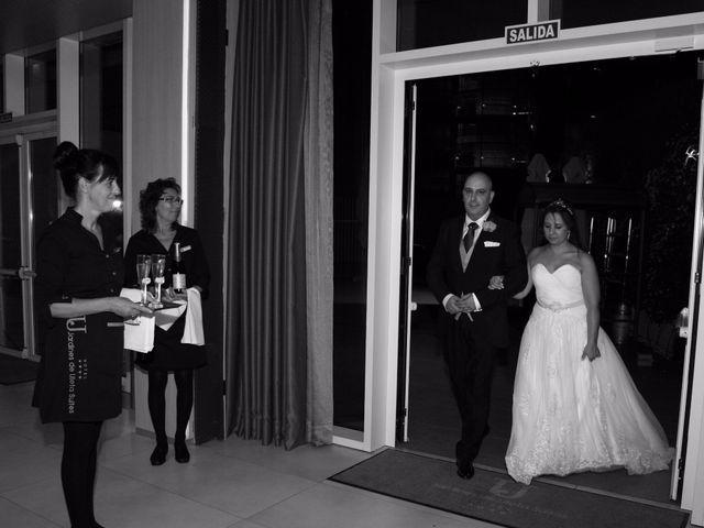La boda de Javi y Anyi en Vitoria-gasteiz, Álava 8