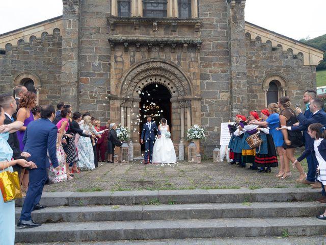 La boda de Edén y Sandra en Guyame, Asturias 20