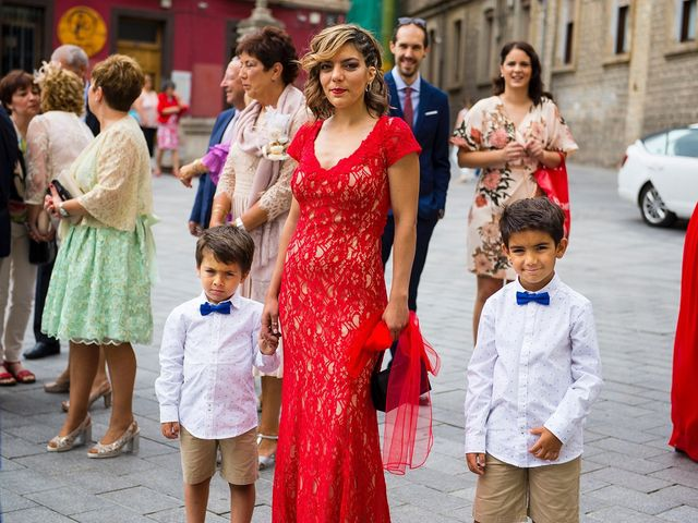 La boda de Eli y Asier en Elorriaga, Álava 14