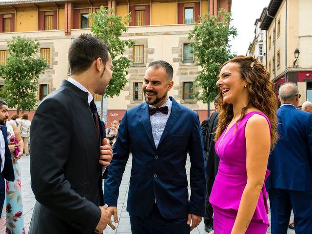 La boda de Eli y Asier en Elorriaga, Álava 15