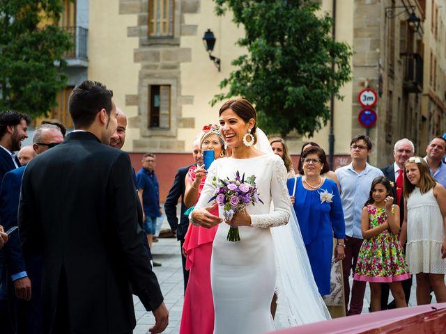 La boda de Eli y Asier en Elorriaga, Álava 17