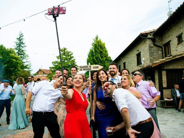 La boda de Eli y Asier en Elorriaga, Álava 45