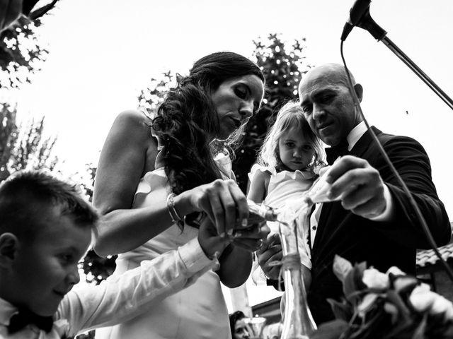 La boda de Javi y Arantxa en Madrid, Madrid 23