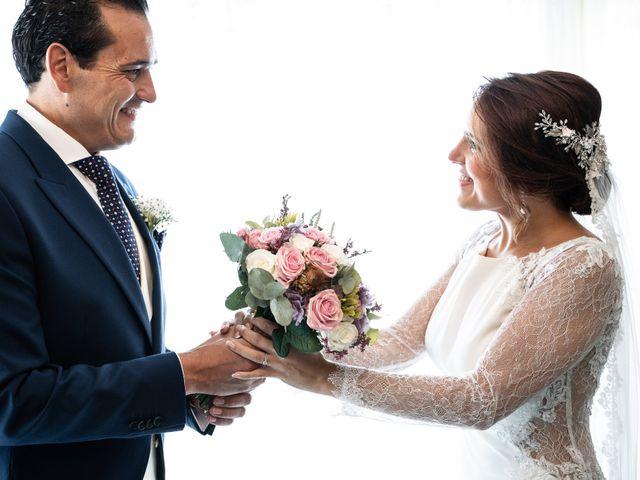 La boda de M. Paqui y Sergio en Torreperogil, Jaén 12