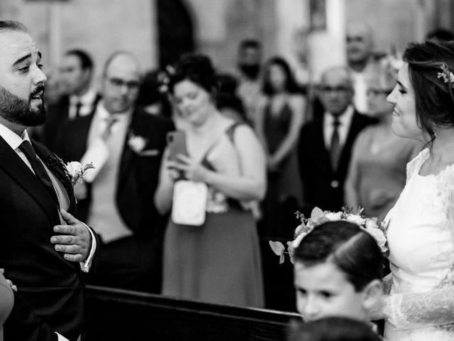 La boda de M. Paqui y Sergio en Torreperogil, Jaén 22