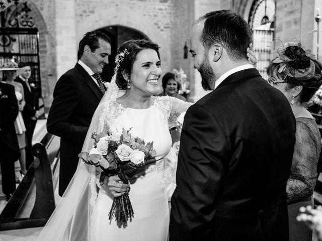 La boda de M. Paqui y Sergio en Torreperogil, Jaén 23