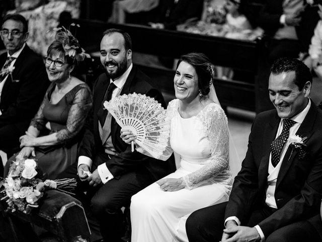 La boda de M. Paqui y Sergio en Torreperogil, Jaén 26