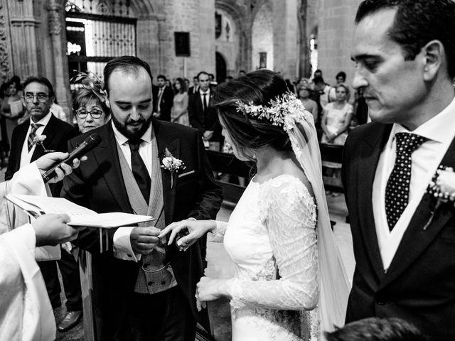 La boda de M. Paqui y Sergio en Torreperogil, Jaén 27