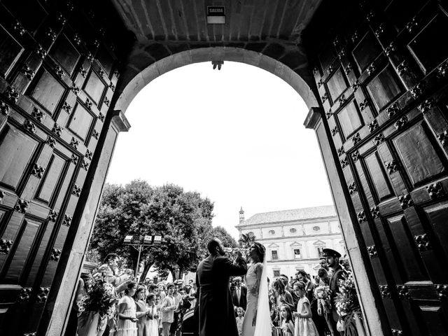 La boda de M. Paqui y Sergio en Torreperogil, Jaén 35