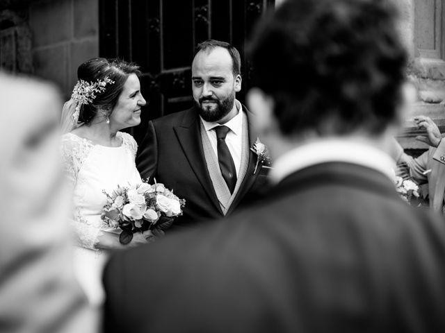 La boda de M. Paqui y Sergio en Torreperogil, Jaén 37