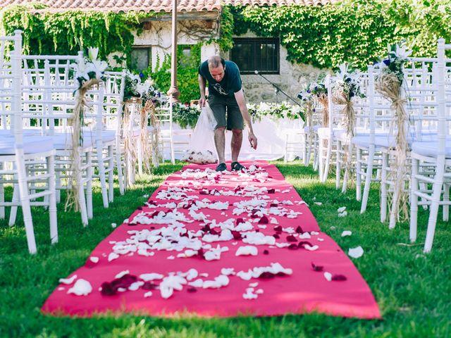 La boda de Juan y Laura en Valdemorillo, Madrid 15