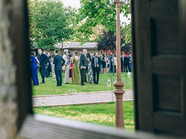 La boda de Juan y Laura en Valdemorillo, Madrid 25